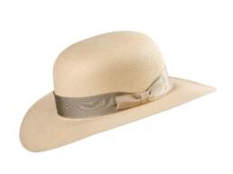 Cloche Cupid Panama Hat